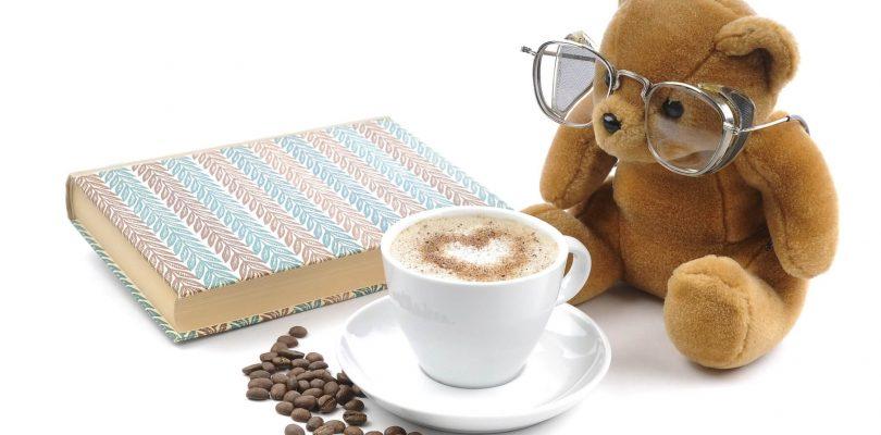 Jag dricker mycket kaffe och något jag gillar att göra är att jämföra kvalitén på kaffe mellan de olika kunderna. Använder de bönor eller är de gammal hederlig pulverkaffe?